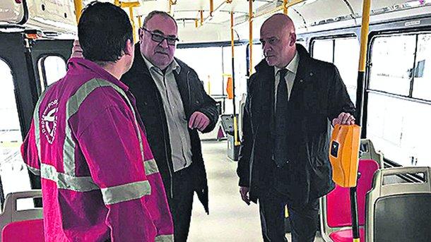 Командировка. Мэру Одессы пришлось отложить дела в Чехии. Фото: omr.gov.ua