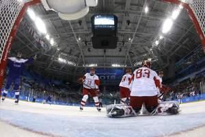 Хоккеисты олимпийской сборной из России сенсационно проиграли в дебютном матче на Олимпиаде-2018