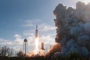 Названа причина аварии во время пуска Falcon Heavy