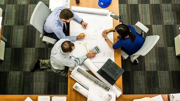 Коллектив – важная составляющая любой работы. Фото: pixabay