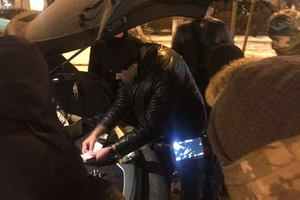 In Kiev detained the customs officer-the bribe taker