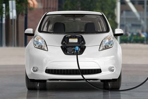 Import of electric cars in Ukraine has increased six - fold, SFS