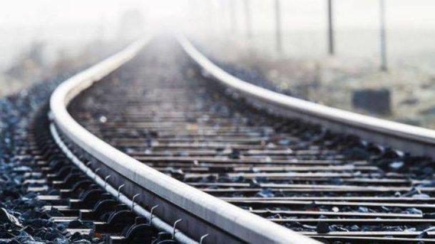 Подробности ЧП на железной дороге: девушку из Львовской области сбил поезд