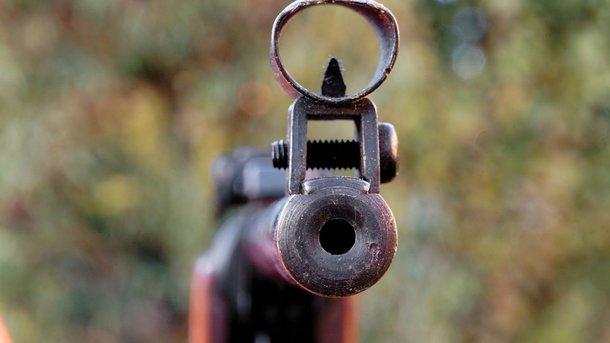 Задержание на перегоне ЮЖД под Харьковом: полицейский открыл огонь