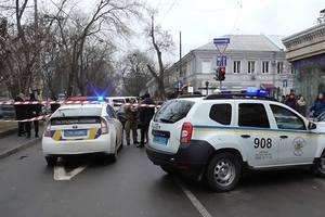 Иностранцы обстреляли из автомата автомобиль жителя Одесской области