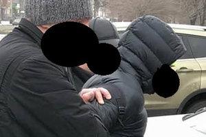 В Запорожье полицейский спецназ задержал копа-взяточника