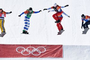 In the women's snowboard cross at the Olympics 2018 was won by the Italian Michela Moioli