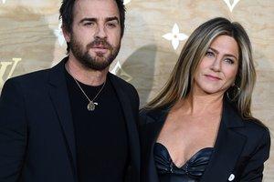 Дженнифер Энистон и Джастин Теру разводятся после двух лет брака