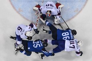 Hockey at the Olympics: Finns attacking Norway, the Swedes beat the Germans