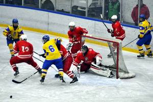 Junior national team of Ukraine won a beat the hosts of the tournament in Warsaw