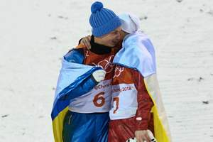 Cuddling with the Russian eclipsed the radiance of gold: the reaction of social networks on the medal Abramenko