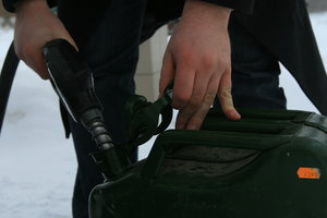 The expert explained, when Ukraine will fall in price gasoline