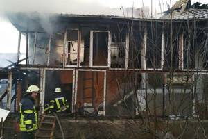 Fire on Rusanivsky gardens in Kiev, burned down a private house