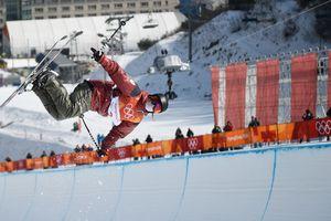 Олимпийской чемпионкой в хафпайпе стала сноубордистка из Канады
