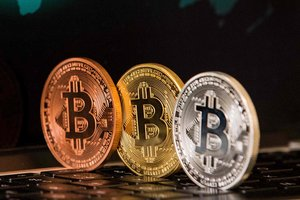 Cocaine and bribes: the expert explained how the criminals in Ukraine are using Bitcoin