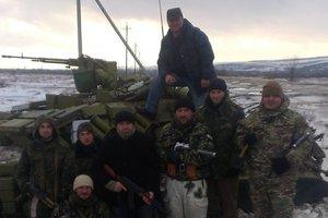 """""""Мать, все будет хорошо"""": как украинские военные у Дебальцево отдали мирным жителям последний сухпай"""