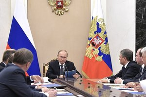 Putin at a meeting of the security Council discussed the situation in the Donbass