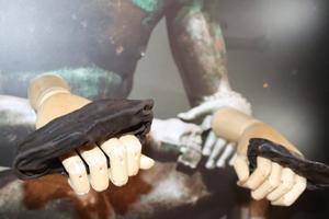 В Британии нашли боксерские перчатки, которым более 2000 лет