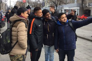 On the eve of the match Shakhtar - Roma fans surrounded the Dodo and Fonseca in Kharkov