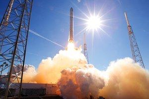 Лучше быть параноиком: Space X снова перенесла запуск ракеты