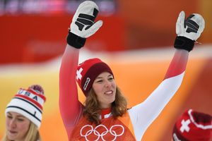 Мишель Гизин завоевала золотую медаль в суперкомбинации на Олимпиаде-2018