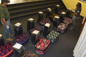 В диппочте российского посольства в Аргентине нашли почти 400 кг кокаина