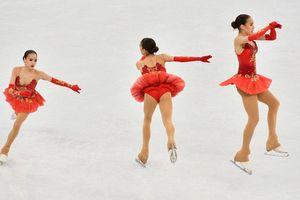 """Олимпийское """"золото"""" в женском фигурном катании в фотографиях"""