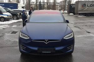 In Ukraine, customs clearance without VAT the first Tesla