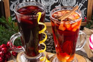 Non-alcoholic hot drink: prepare a fruit tea and mulled wine