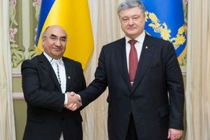 Poroshenko received credentials from three ambassadors