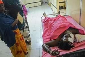 Почти 40 человек стали жертвами двойного теракта в Сомали