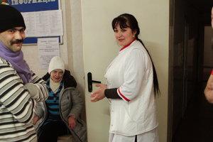 Снег и мороз в Киеве: в город вернули пункты обогрева