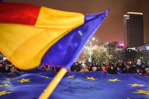 In Romania, raging mass protests