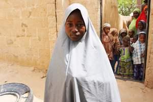 Нигерия официально признала исчезновение более сотни школьниц