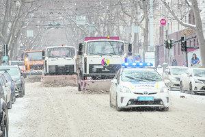 На Одесскую область обрушился сильный снегопад
