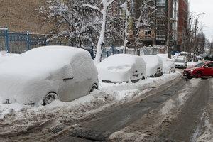 """Кто заработает на морозе: в Украине резко вырос спрос на пиццу и """"отогрев"""" машин"""