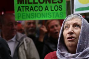 In Spain pensioners demanded decent pensions