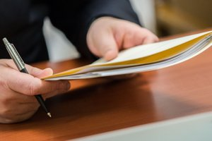 Приватизация по-новому: Порошенко подписал закон