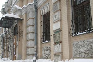 Кража бюста Леси Украинки в Киеве: все подробности