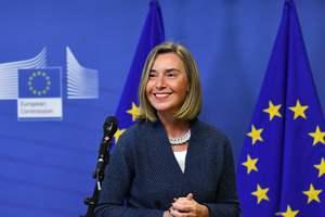 Могерини едет в Киев для проверки проведения реформ