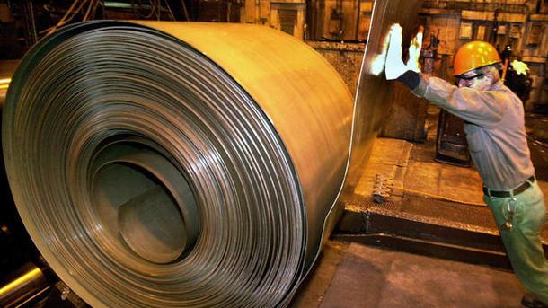 Падение мировых цен на сталь ускоряется