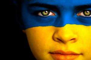 How many Ukrainians speak Ukrainian at home: the statistics