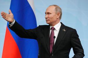 """""""Скучно, девочки"""": Путин о химатаках на мирных жителей в Сирии"""