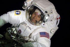 Астронавт NASA, усыновивший мальчика из Днепра, посетит три украинских города