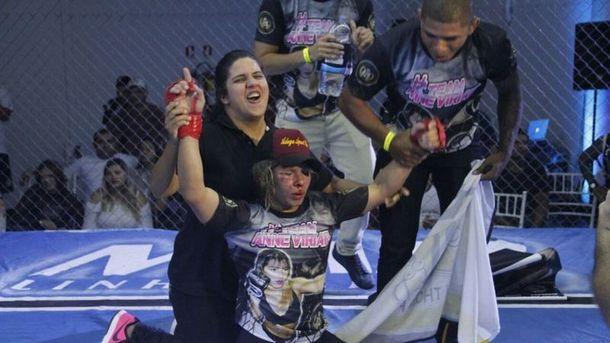 Анн Вериату после боя. Фото boxing-mma