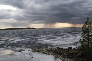 """""""Хороводы"""" дождей и магнитный шторм: синоптики уточнили прогноз погоды"""