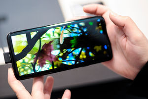 Проще новый купить: Samsung Galaxy S9 Plus проверили на ремонтопригодность
