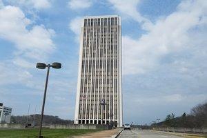 В США снесли исторический 28-этажный небоскреб: впечатляющее видео