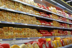 In Ukraine becomes more and more imported cheese