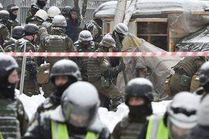 Вынес две сумки с палаточного городка: Аваков заподозрил Семенченко в сокрытии оружия